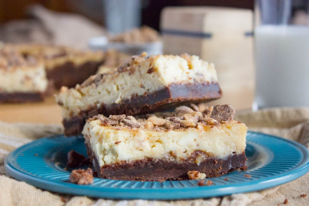 toffee-cheesecake-bars7-1785