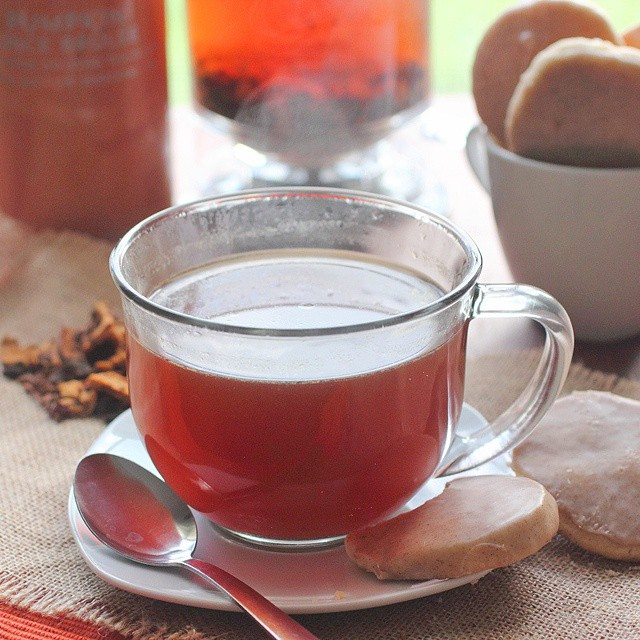 How about a nice spot of #pumpkinspicebrulee tea? #ontheblognow #tea #teajourney #teatime #cookies #foodphotography #foodie #foodlover #fbloggers