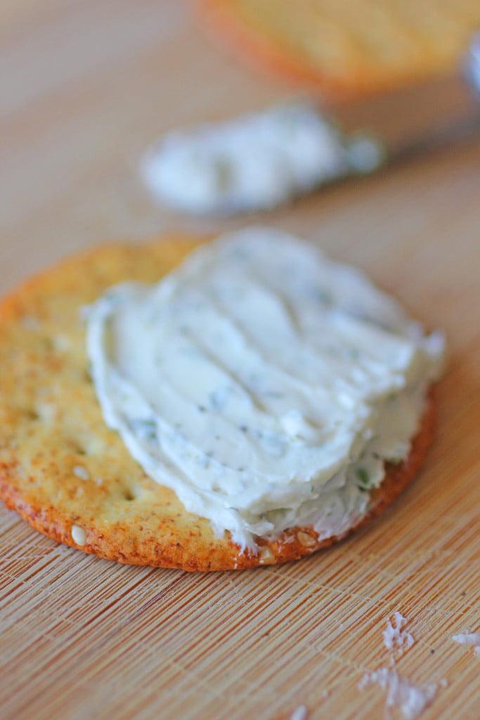Herb & Garlic Cheeseball Recipe